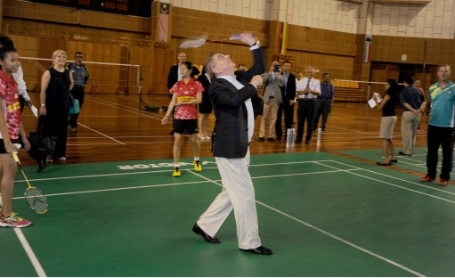 HP Banner - IOC president playing badminton